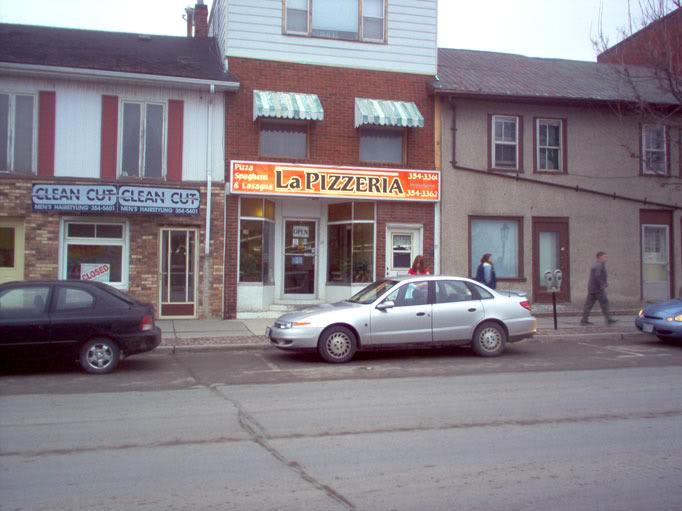La Pizzeria in Napanee
